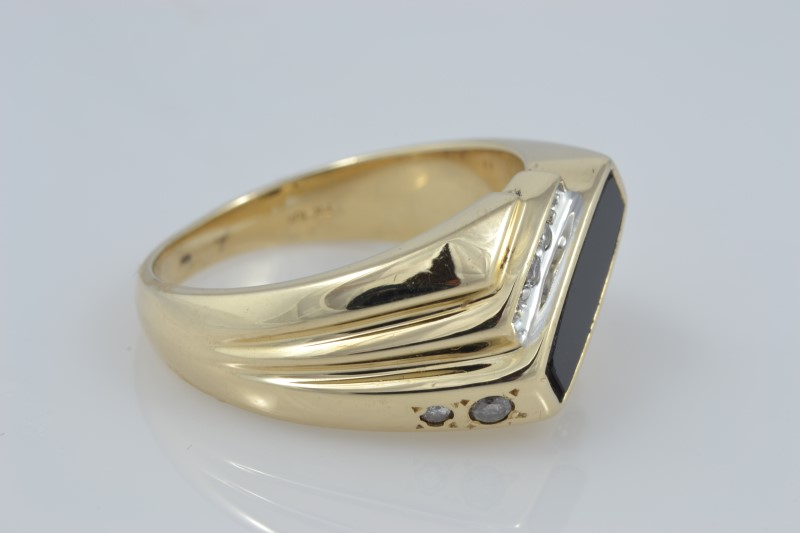 MENS BLACK ONYX DIAMOND RING SOLID 10K YELLOW GOLD OBLONG SIZE 9.75