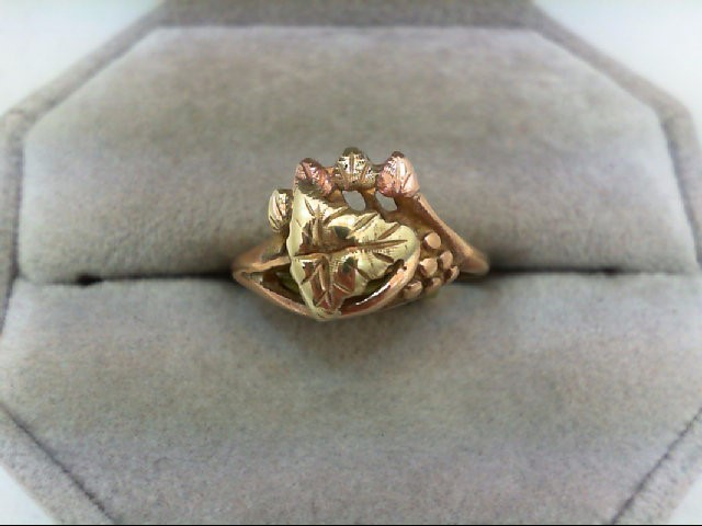 Lady's Gold Ring 10K Tri-color Gold 2.5g