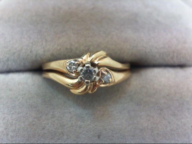 Lady's Diamond Wedding Set 3 Diamonds .09 Carat T.W. 14K Yellow Gold 2.9g