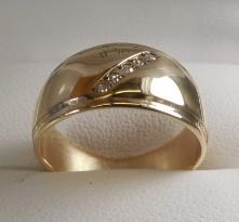 Lady's Diamond Wedding Band 5 Diamonds .05 Carat T.W. 14K Yellow Gold 6.5g