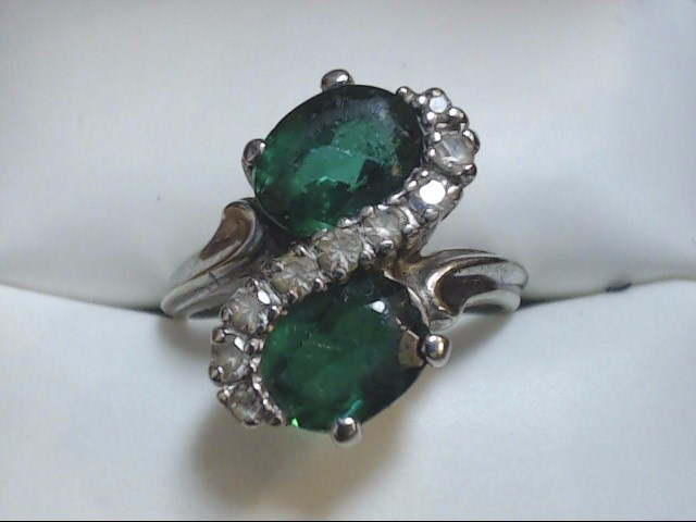 Green Stone Lady's Stone Ring 10K White Gold 3.8g Size:5.8