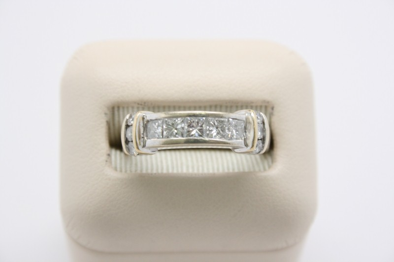 GENT'S PRINCESS CUT DIAMOND WEDDING BAND 14K 2TONE GOLD