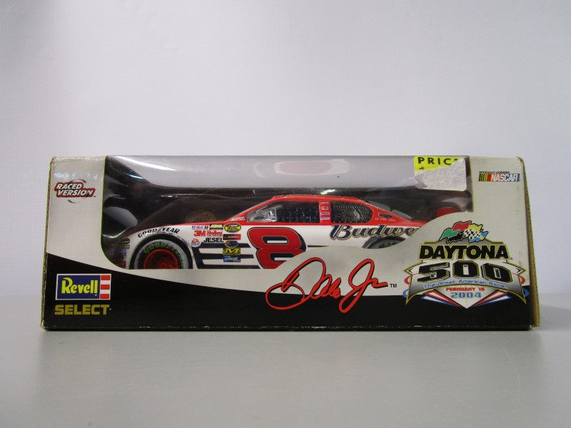 REVELL Casino Collectible 1:24 SCALE DALE EARNHARDT
