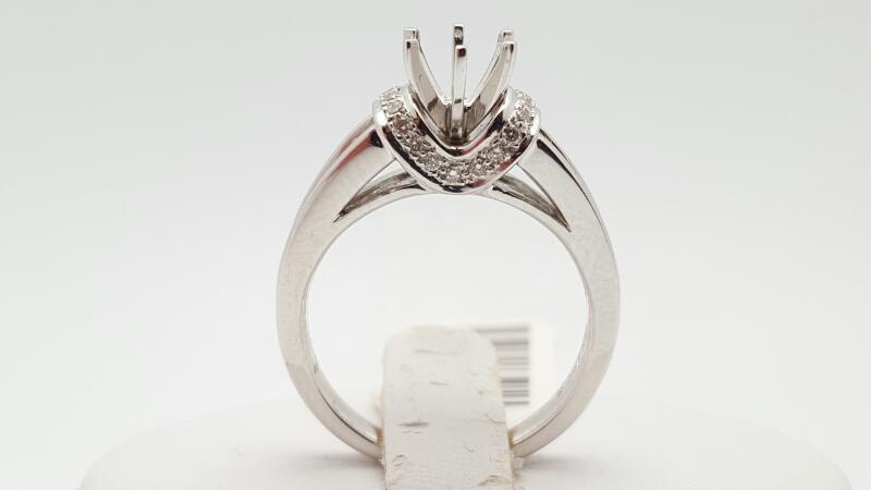 Lady's Diamond Engagement Ring 30 Diamonds .42 Carat T.W. 18K White Gold 6.5g
