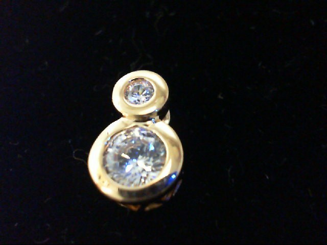 Cubic Zirconia Gold-Stone Pendant 10K Yellow Gold 1.8g