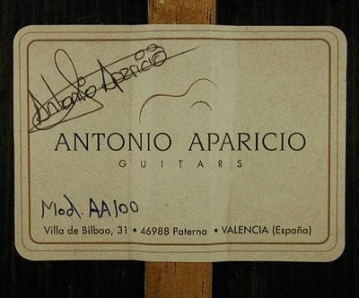 ANTONIO APARICIO GUITARS