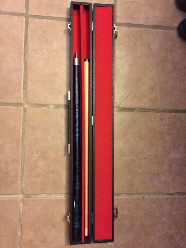 PLAYER POOL CUE