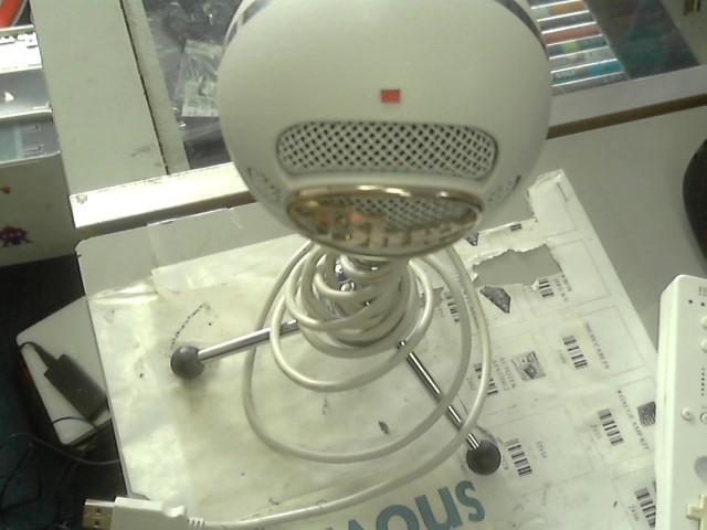 SNOWBALL Microphone BLUE MICROPHONE