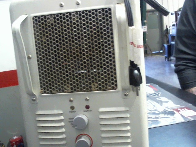 TRUE LIVING Heater NH500A