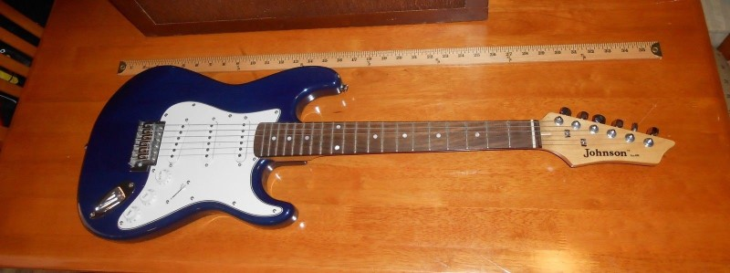 JOHNSON GUITAR STRAT COPY BLUE