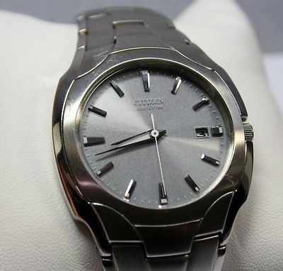 CITIZENS ECO-DRIVE Gent's Wristwatch S022240