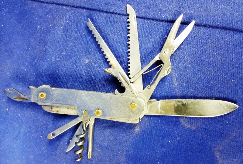 Pocket Knife POCKET KNIFE - MULTIPLE TOOL