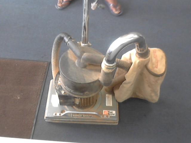 CLARKE Vibration Sander OBS-18
