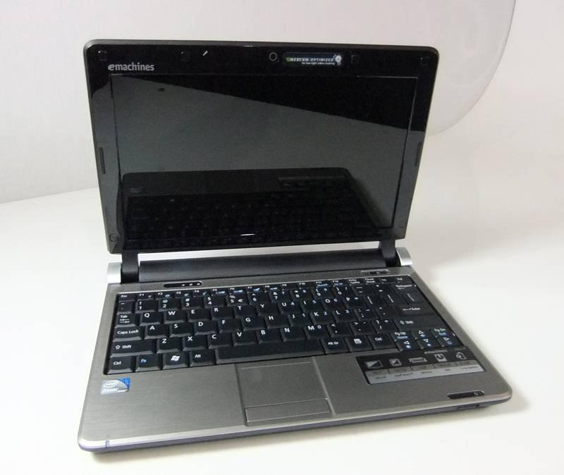 E MACHINES Laptop/Netbook EM250