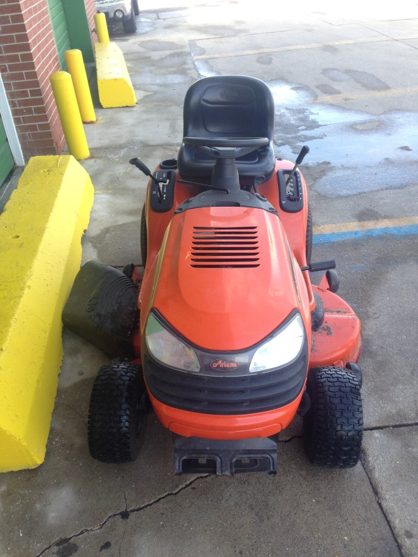 Ariens 20 Hp Lawn Tractor : Ariens  riding lawn mower quot hp buya