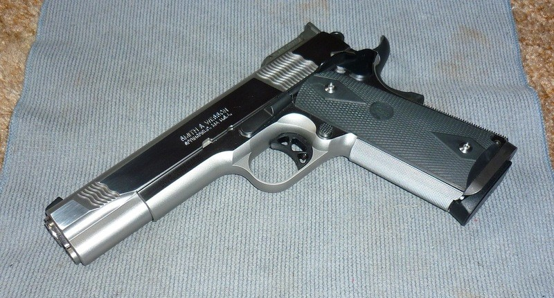 SMITH & WESSON Pistol PC1911