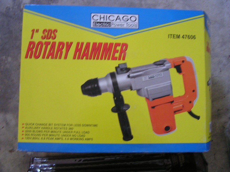 """CHICAGO ELECTRIC Rotary Hammer 1"""" SDS ROTARY HAMMER"""