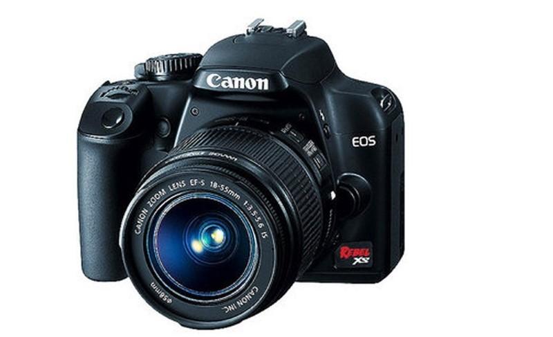 CANON Digital Camera EOS REBEL XS