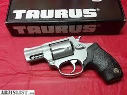 TAURUS Revolver M85FS