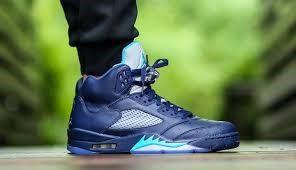 NIKE Shoes/Boots AIR JORDAN RETRO 5 HORNETS