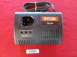 RYOBI Combination Tool Set CHARGER 1423701