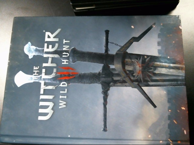 THE WITCHER Non-Fiction Book WITCHER 3 WILD HUNT STRATEGY GUIDE