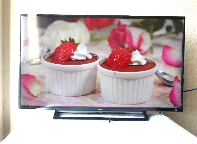 SONY Flat Panel Television KDL-48R470B