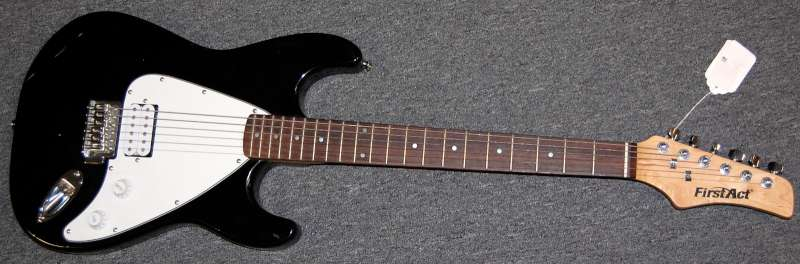 FIRST ACT Electric Guitar ME310 STRATOCASTER