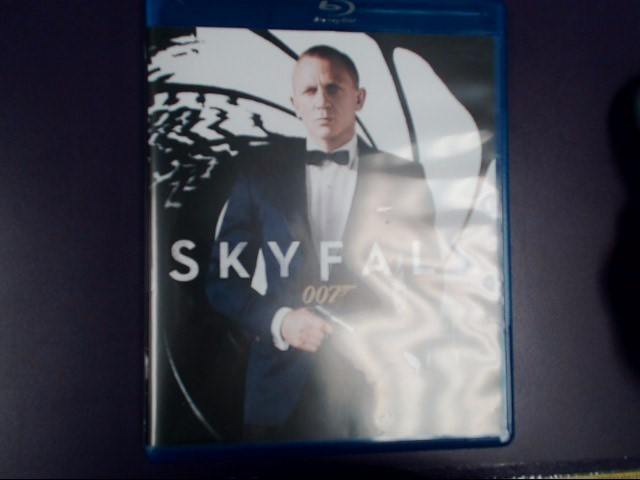 BLU-RAY MOVIE Blu-Ray SKYFALL 007