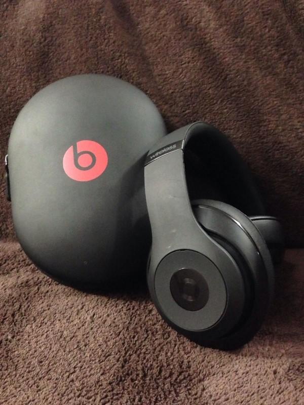 MONSTER Headphones BEATS STUDIO WIRELESS