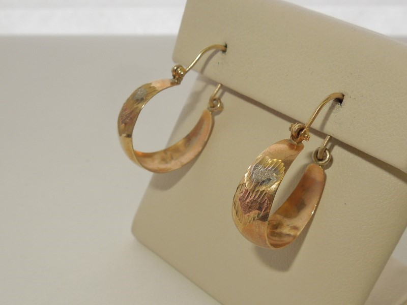 Gold Earrings 10K Tri-color Gold 2.1g