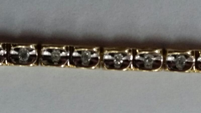 Gold-Diamond Bracelet 52 Diamonds .52 Carat T.W. 10K Yellow Gold 5.2g