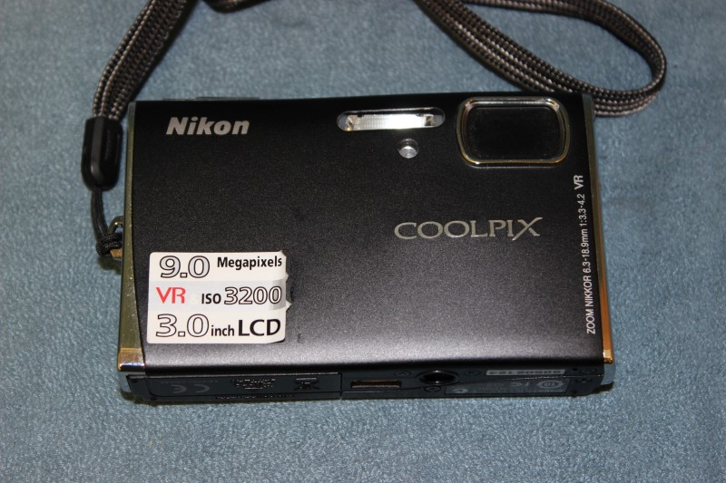 Nikon Digital Camera COOLPIX S52