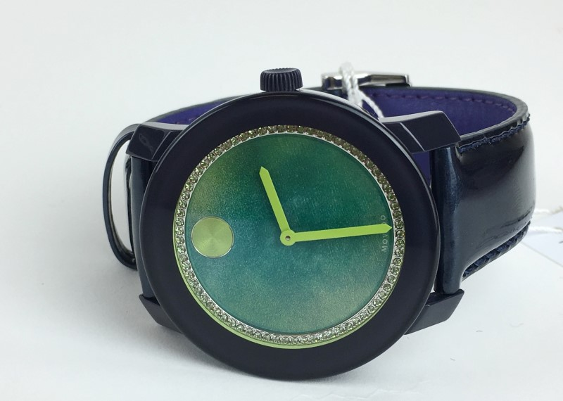 MOVADO Lady's Wristwatch GREEN GLITZ BOLD