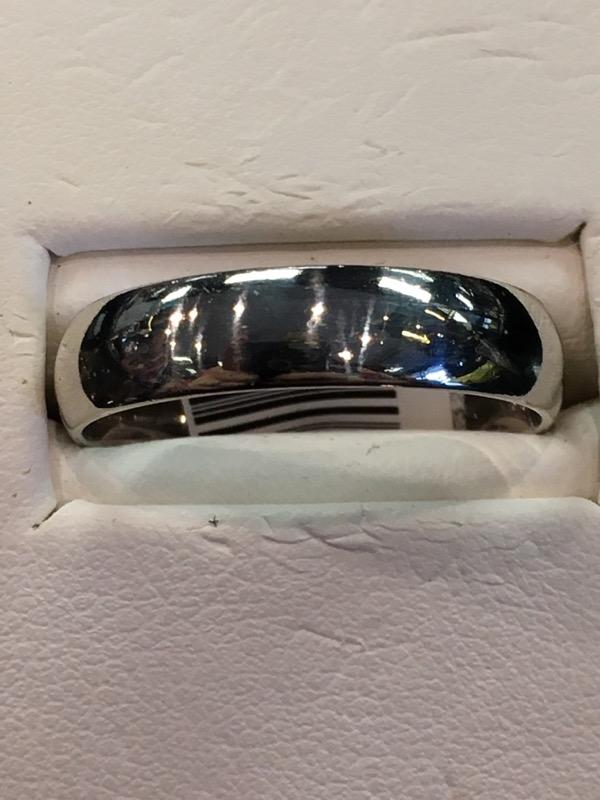 Gent's Gold Ring 10K White Gold 3.2dwt
