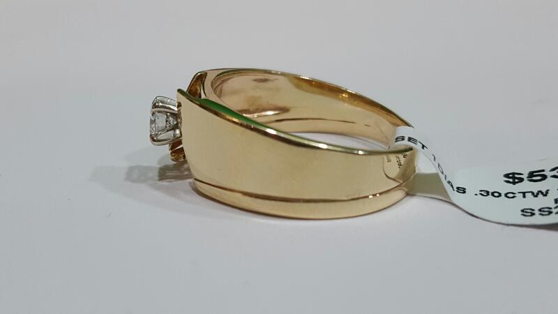 Lady's Diamond Wedding Set .30 CT. 14K Yellow Gold 5.3g Size:9
