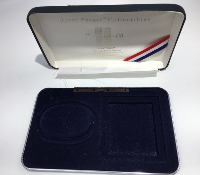 World Trade Center Silver Depository - 999 Silver Bracelet - COA