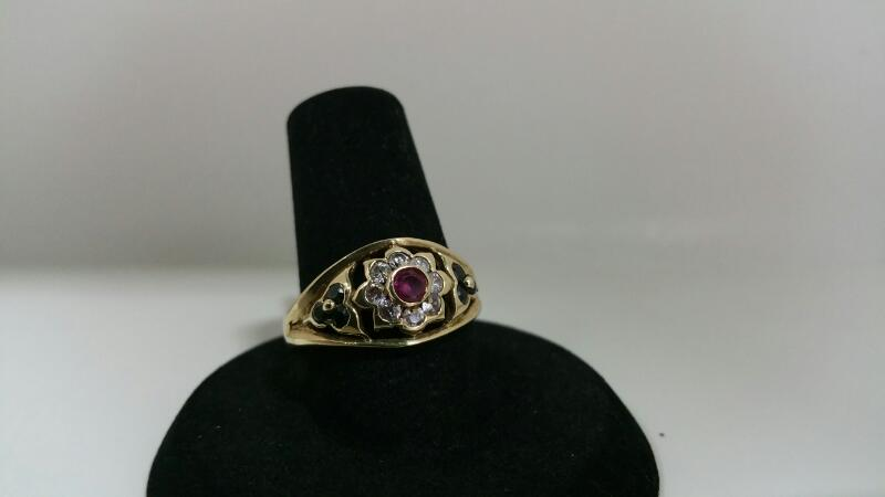 RED STONE(S) White Stone Lady's Stone Ring FLOWER_DESIGN 10K Yellow Gold 2dwt
