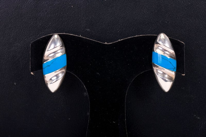 Lady's Earrings Silver & Turquoise  8.3g