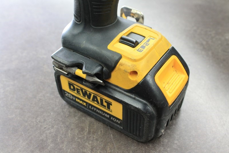 DEWALT BRUSHLESS DCF895
