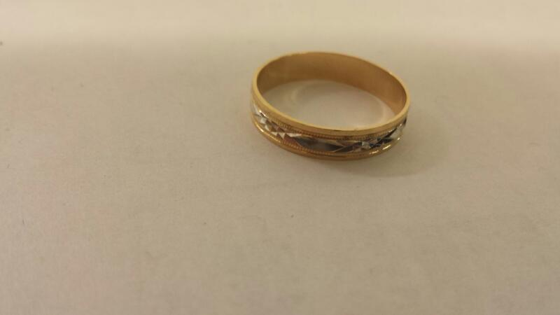 Gts 10K-Two Tone Art Carved Wedding Band