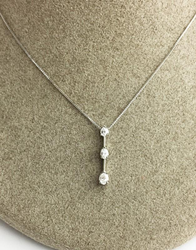 "18"" 3 STONE DIAMOND PENDANT APX .37CTW W/ 18"" CHAIN"