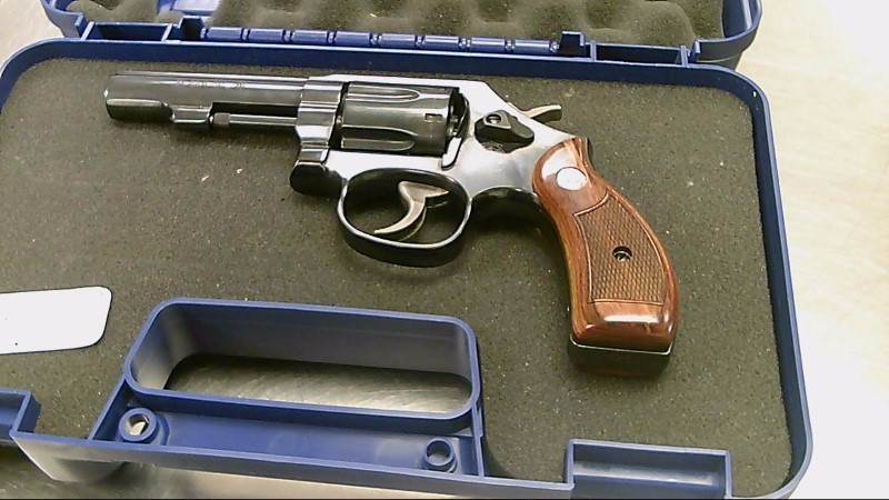 SMITH & WESSON REVOLVER 38SPL 10-14