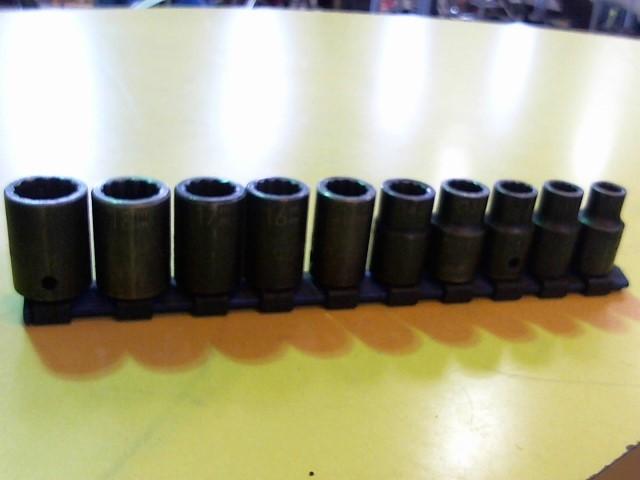 MATCO TOOLS Sockets/Ratchet 10-PC 6PT DEEP METRIC SOCKET SET
