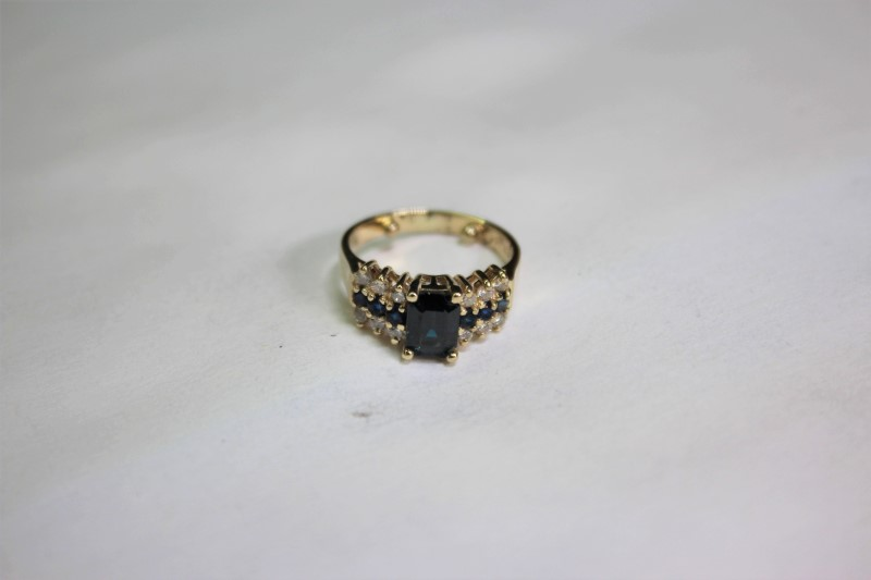 Sapphire Lady's Stone & Diamond Ring 12 Diamonds .36 Carat T.W. 14K Yellow Gold