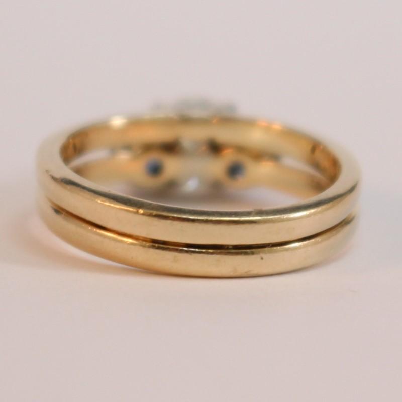 14K Yellow Gold Round Diamond and Sapphire Ring Size 5.5