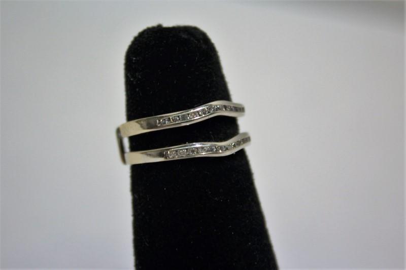 Lady's Gold-Diamond Ring Guard 24 Diamonds .24 Carat T.W. 14K White Gold 3.6g