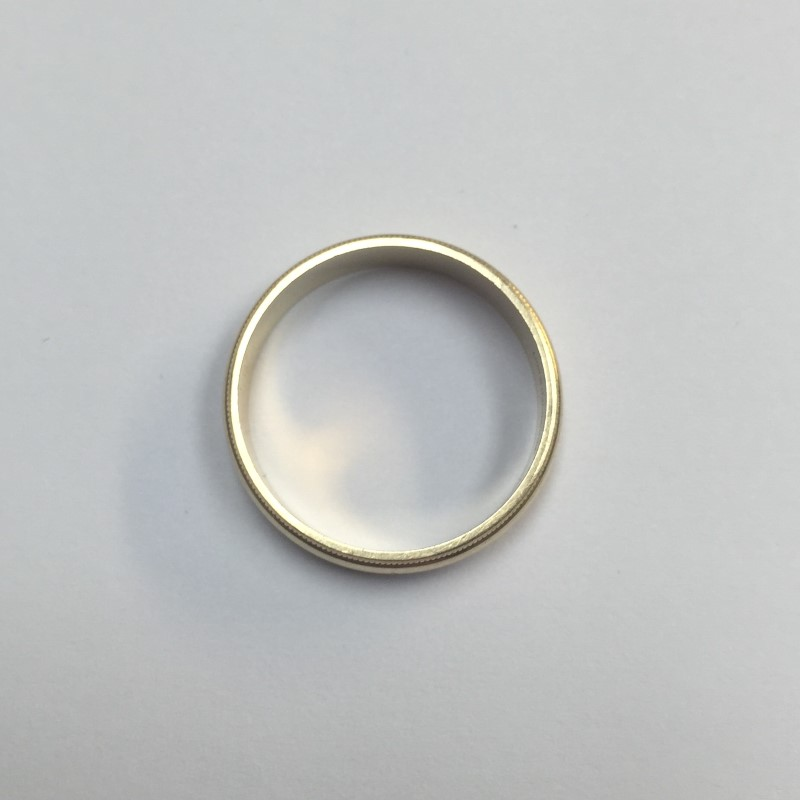 Lady's Gold Wedding Band 14K Yellow Gold 2.5dwt Size:8.5