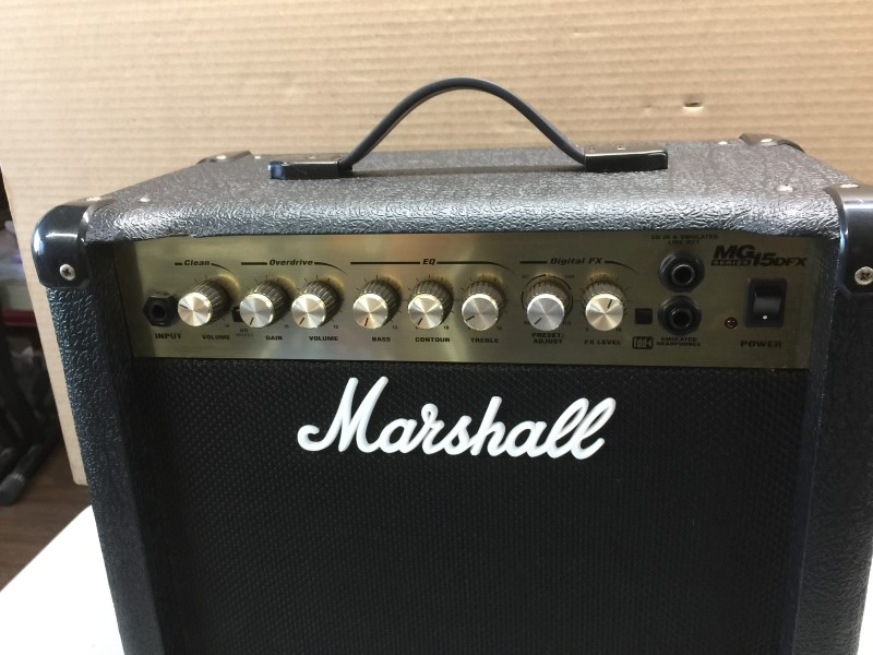 MARSHALL MG15DFX GUITAR COMBO AMP W/ EFFECTS