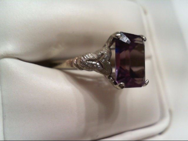 Synthetic Alexandrite Lady's Stone Ring 10K White Gold 2.4g